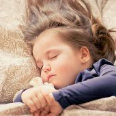 Children's sleep quality linked to mothers' insomnia